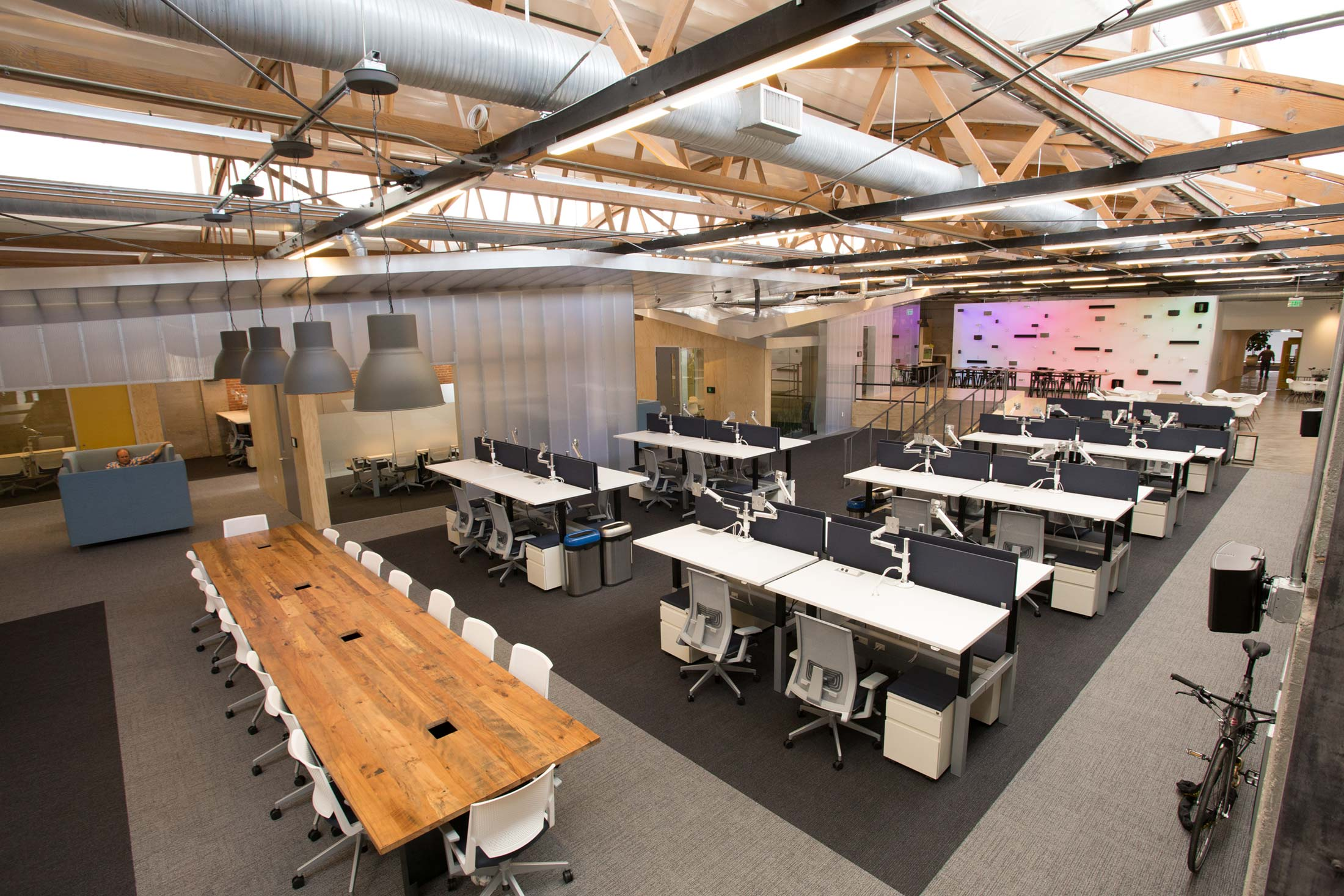 Corporate Culture And A Commitment To Health For Sonos Office Furniture